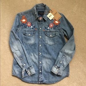 NWT Lucky Brand Distressed Embroidered Denim Shirt